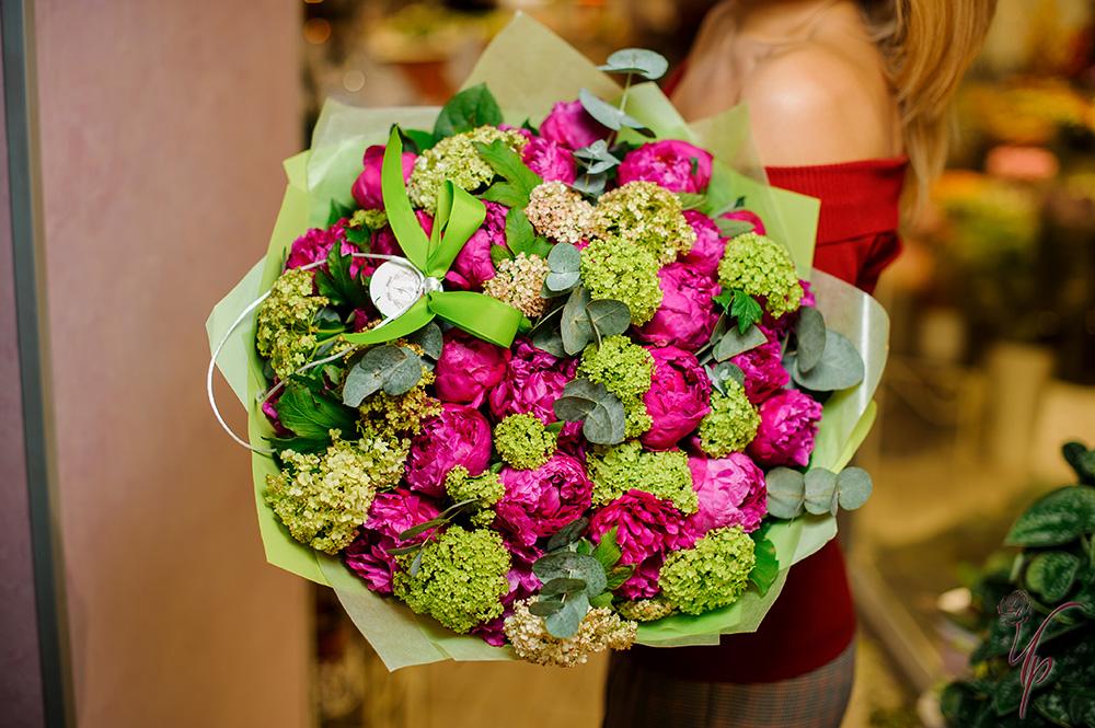 Предварительные заказ на букета цветов москва, купить комнатные растения